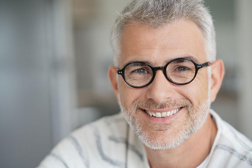 Does Wearing Glasses Improve Eyesight? 1