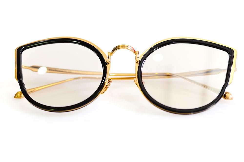 Top 3 Eyeglasses Trends for 2020 1