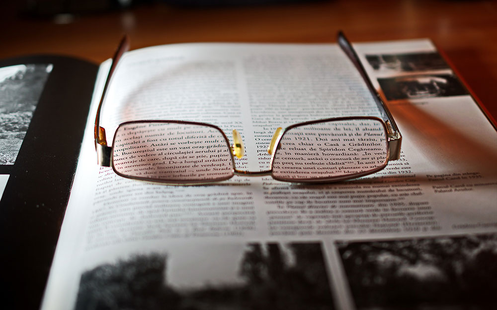What Are the Advantages and Disadvantages of Trifocal Lenses? 1