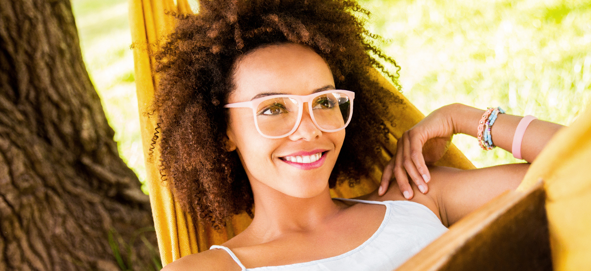 3 Must-Have Styles for Women's Eyeglasses in Spring 2020