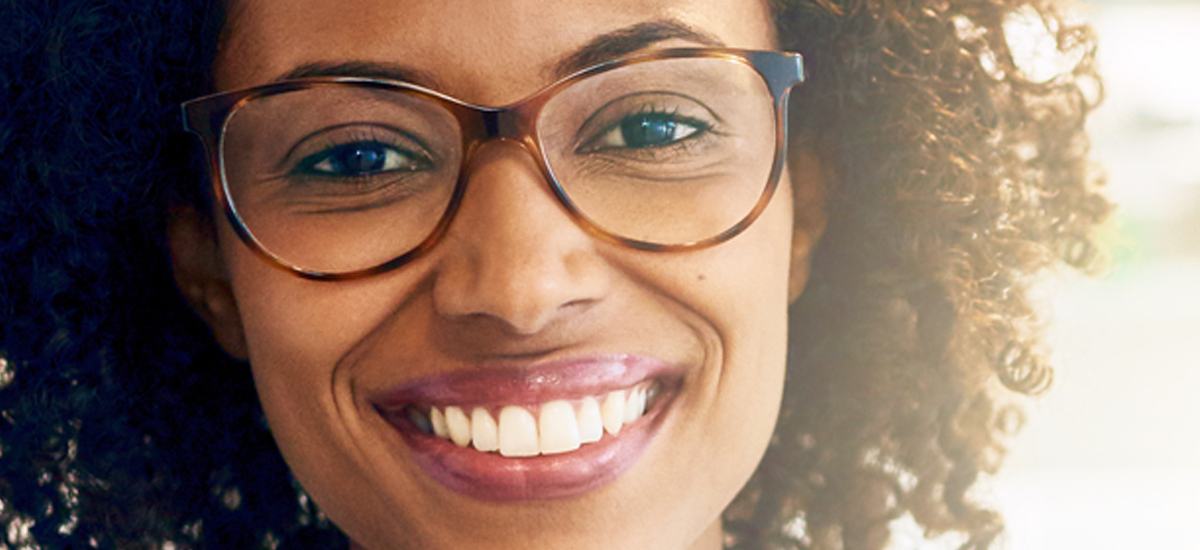 How to Make Your Eyes Look Bigger With Glasses