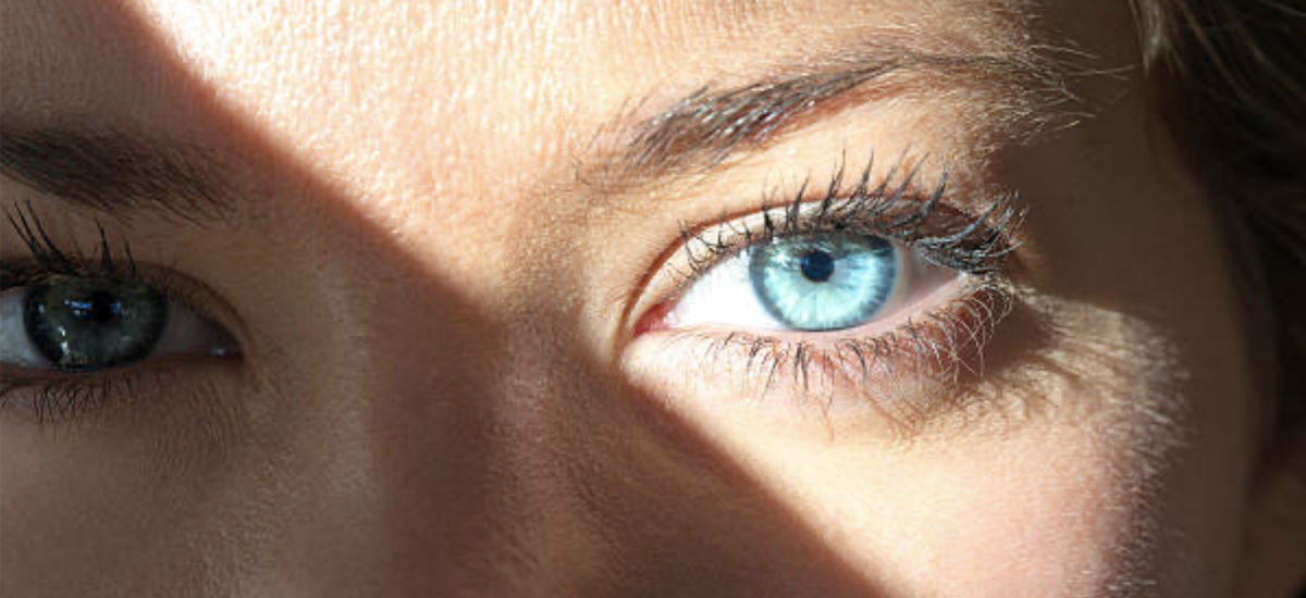 What Are the Symptoms of Sun Damage to the Eyes?